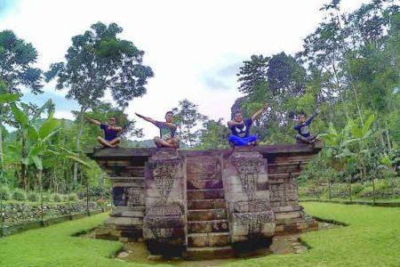 Keindahan Wisata Sejarah Candi Kedaton Probolinggo Kab