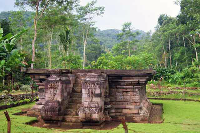 Melihat Candi Peninggalan Zaman Kerajaan Majapahit Probolinggo Situs Kedaton Kab