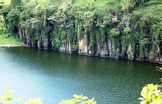 Visit Probolinggo Wisata Danau Candi Kedaton Kab