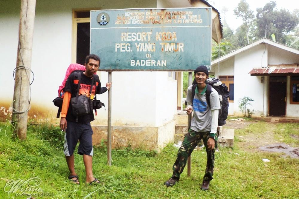 Coretanku Gunung Argopuro Baderan Mulai Menyusuri Jalan Berpaving Belakang Pos