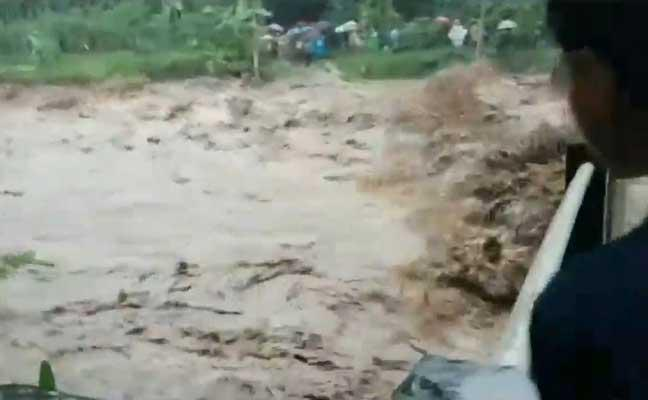 Empat Desa Diterjang Banjir Bandang Gunung Argopuro Kab Probolinggo