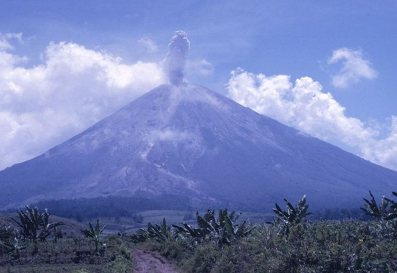 Jalur Wisata Pendakian Gunung Argopuro Misteri Terselubung Kab Probolinggo