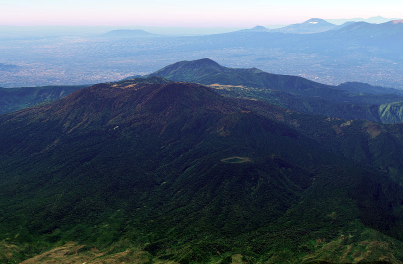 Pendakian Gunung Argopuro Lewat Jalur Bremi Tidak Dewi Rengganis Terkenal