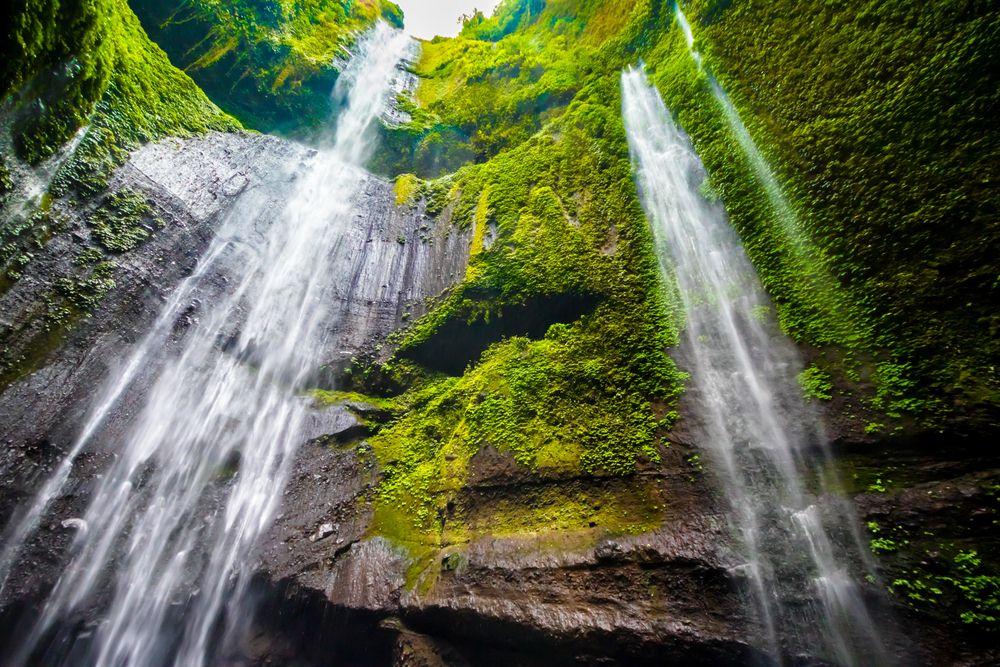35 Tempat Wisata Probolinggo Wajib Dikunjungi Waktu Liburan Air Terjun