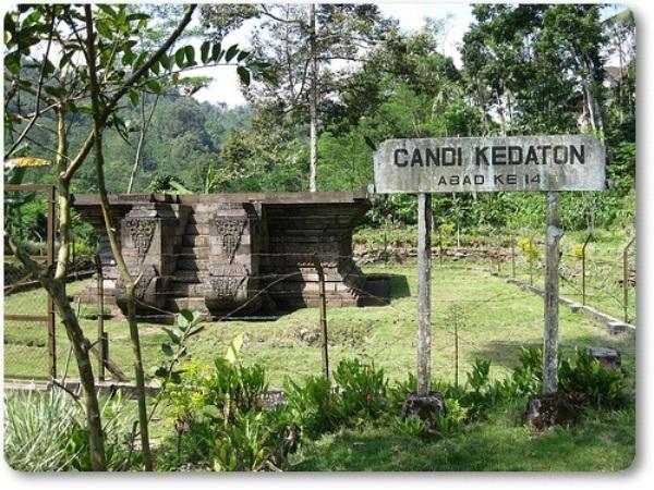 36 Tempat Wisata Probolinggo Hits Terbaru Wajib Candi Kedaton Kolam
