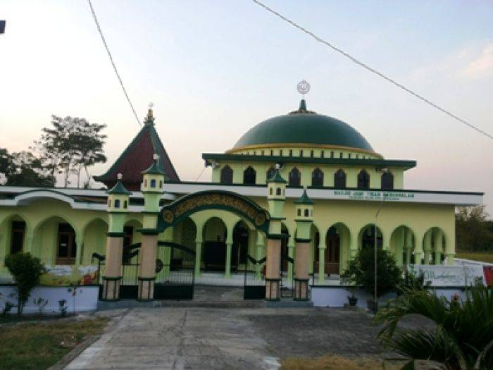 Masjid Babussalam Probolinggo Diyakini Tiban Bangsa Online Babbusalam Kab
