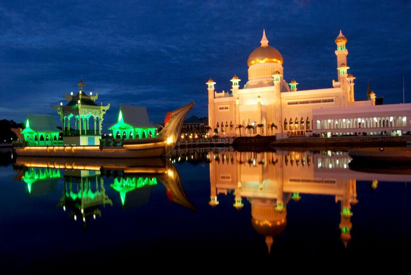 Pojok Pitu Inilah Masjid Kerajaan Kesultanan Brunei Menjadi Daya Tarik