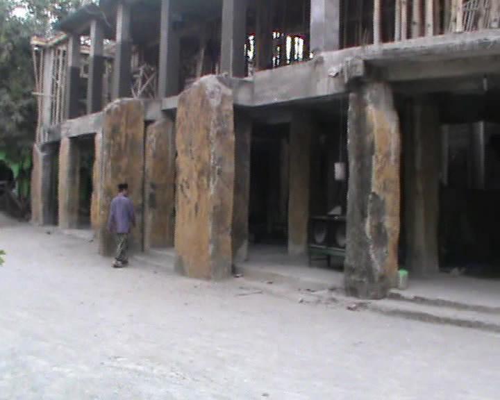 Pojok Pitu Masjid Unik Batu Purba Peninggalan Wali Tiban Babbusalam