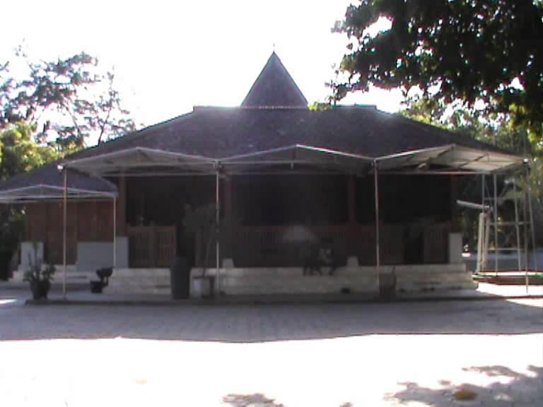 Pojok Pitu Melihat Masjid Kuno Berbahan Kayu Magetan Tiban Babbusalam
