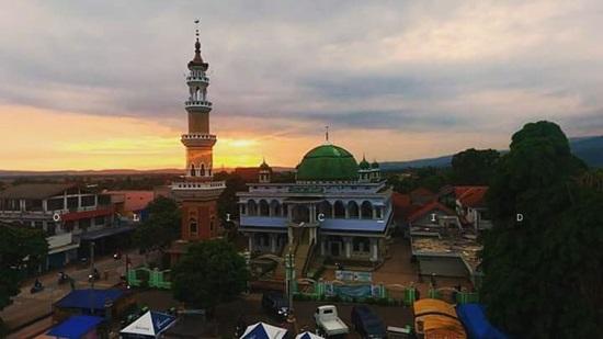 Singgah Masjid Agung Mujahidin Majenang Tiban Babbusalam Kab Probolinggo