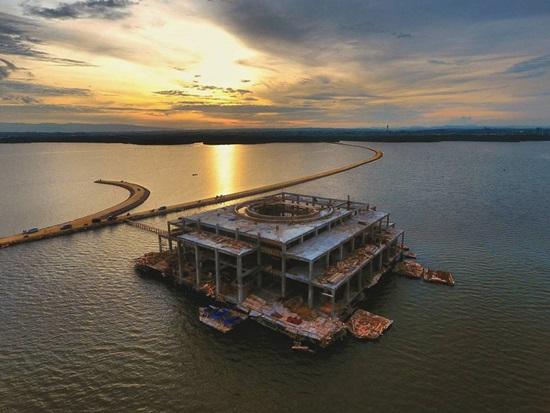 Singgah Masjid Terapung Al Alam Teluk Kendari Awal Pembangunan Foto