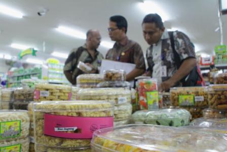 Tegas Disperindag Probolinggo Sidak Swalayan Jelang Idul Fitri Masjid Tiban