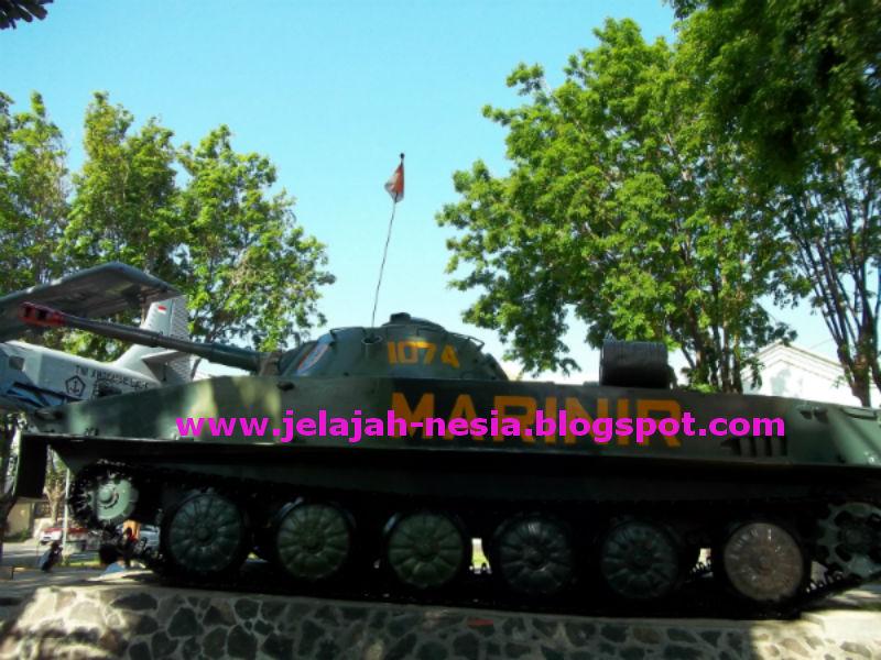 Www Jelajah Nesia Blogspot Tank Marinir Legendaris Museum Kota Probolinggo