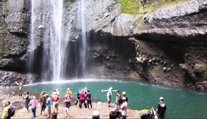 Agen Wisata Probolinggo Mei 2013 Air Terjun Madakaripura Terletak Kecamatan
