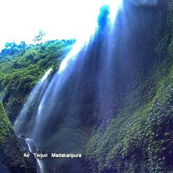 Air Terjun Madakaripura Tempat Terakhir Gajah Mada Spot Mistery Taman