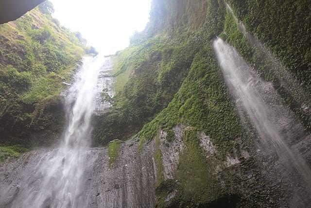 5 Tempat Wisata Probolinggo Bisa Kunjungi Air Terjun Madakaripura Taman