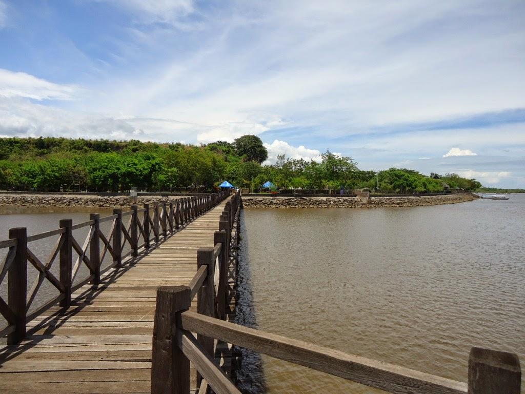 5 Tempat Wisata Probolinggo Bisa Kunjungi Pantai Bentar Taman Study
