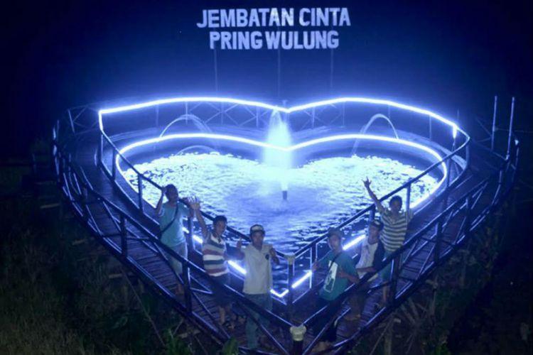 Jawa Tengah Merdeka Pesona Jembatan Cinta Bikin Tambah Pengunjung Berfoto