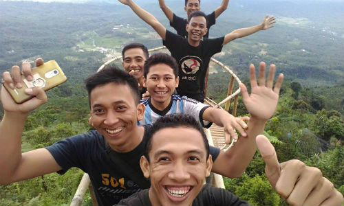 9 Tempat Wisata Kecamatan Rembang Purbalingga Eksotis Carditahu Jembatan Pelangi