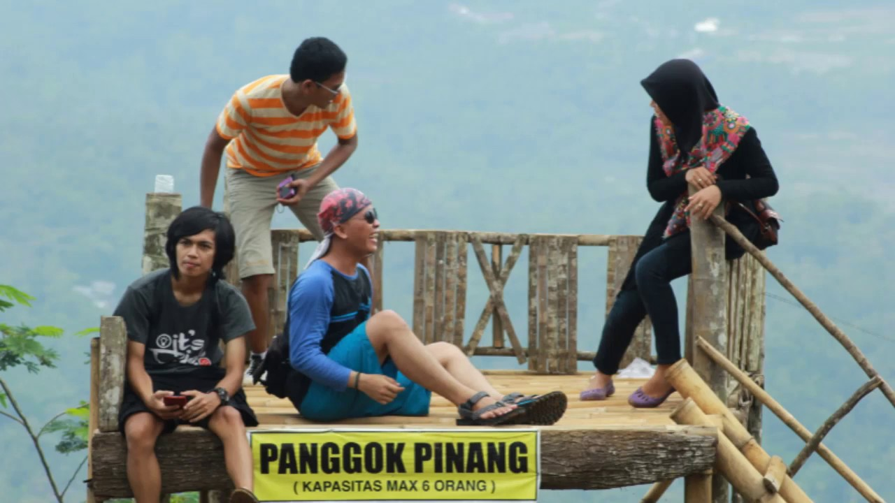 Wisata Purbalingga Karo Kanca Dolan Indahnya Rumah Pohon Jembatan Pelangi