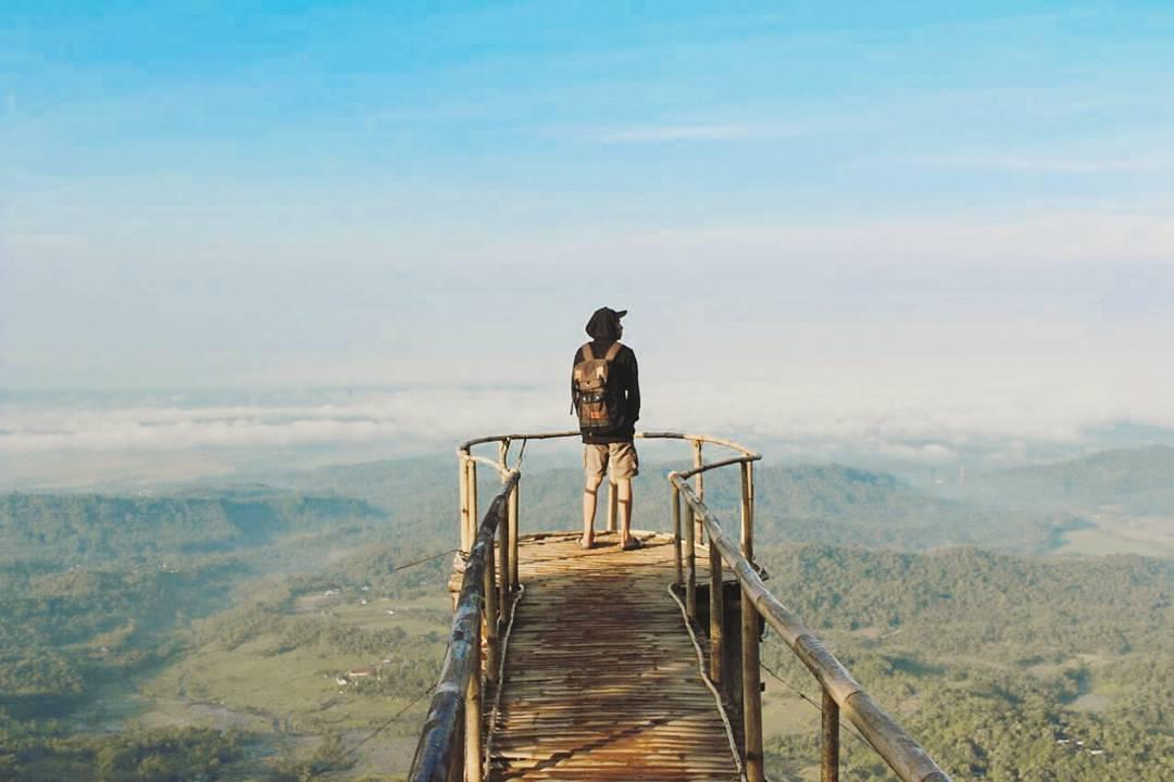 Mahakarya Puncak Sendaren Indah Dikunjungi Aneka Wisata Keren Menawarkan Pemandangan