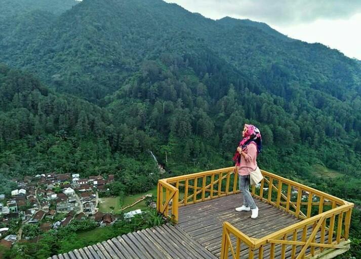 Puncak Sibarat Wisata Part 1 Purbalingga Jawa Tengah Steemkr Img