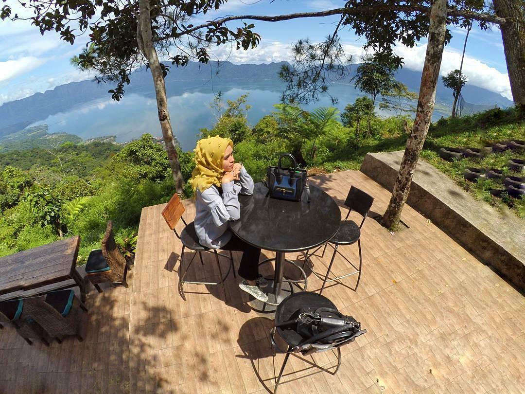 Sobatpetualang Lokasi Tiket Masuk Puncak Lawang Park Sibarat Kab Purbalingga