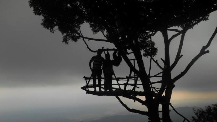 Serunya Berburu Sunrise Ketinggian Igir Wringin Bukit Kecil Kabupaten Purbalingga