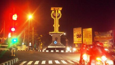 5 Keunikan Kota Purworejo Dinas Kebudayaan Image Result Alun Malam