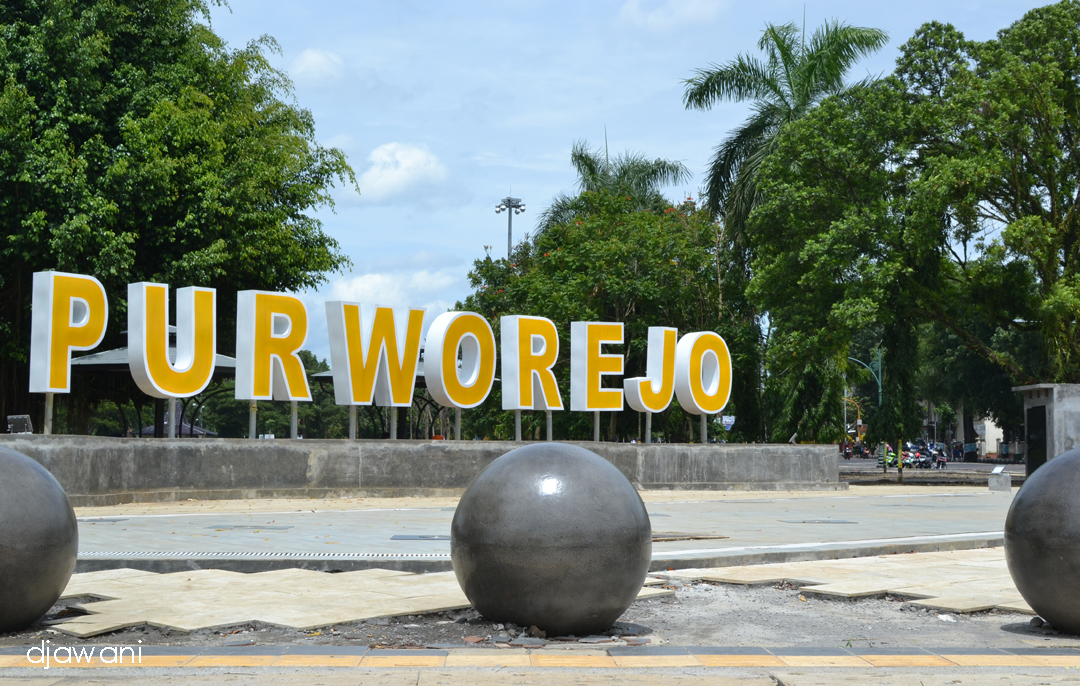 Alun Purworejo Wajah Kekinian Tulis Diatas Revitalisai Kebanggaan Masyarakat Tahap