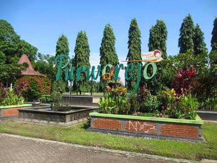 Alun Terluas Jawa Tengah Wisata Kedu Purworejo Kabupaten Cukup Luas