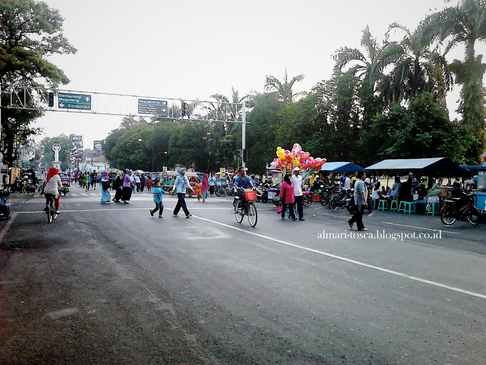 Gelar Lapak Perdana Car Free Day Cfd Kota Purworejo Almari