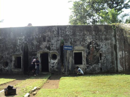 Benteng Pendem Cilacap Indonesia Review Tripadvisor Kab Purworejo