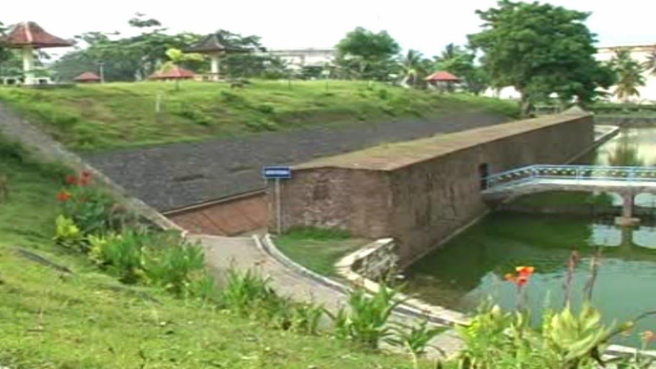 Benteng Pendem Cilacap Wisata Unggulan Bag 1 Youtube Kab Purworejo