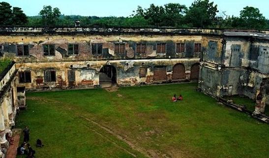 Pesona Keindahan Wisata Benteng Pendem Van De Bosch Ngawi Daftar