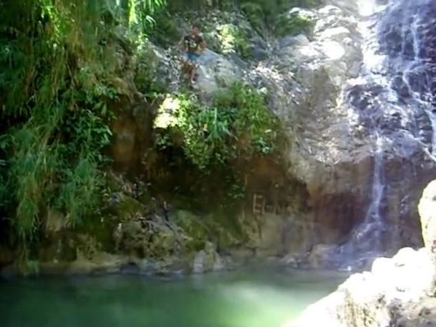 Tempat Wisata Purworejo Kawan Kurnia Tour Travel Curug Jeketro Benteng