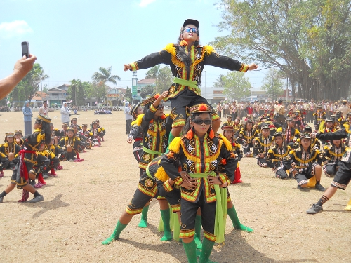Tradisi Kesenian Dolalak Hanaluluinihayah Kab Purworejo