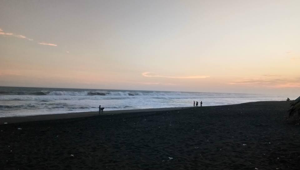 Catatan Gutho Memanjakan Diri Berlibur Pantai Jatimalang Keindahan Kab Purworejo