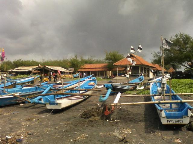 Pondok Dahar Lauk Jogja Pantai Jatimalang Purworejo Jawa Tengah Menuruti