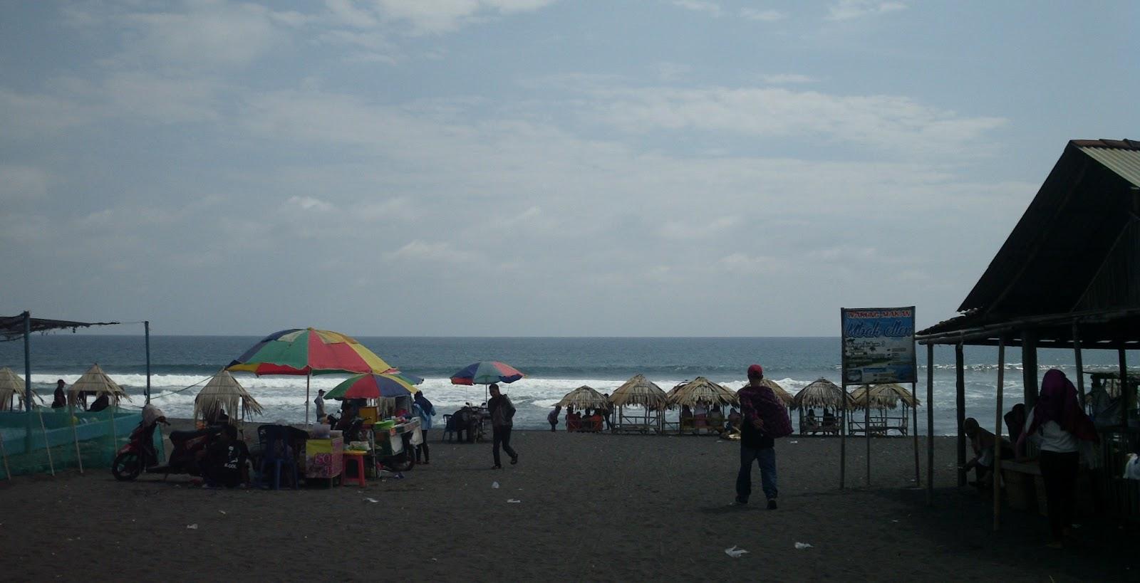 Samudra Artistik Pantai Jatimalang Kab Purworejo