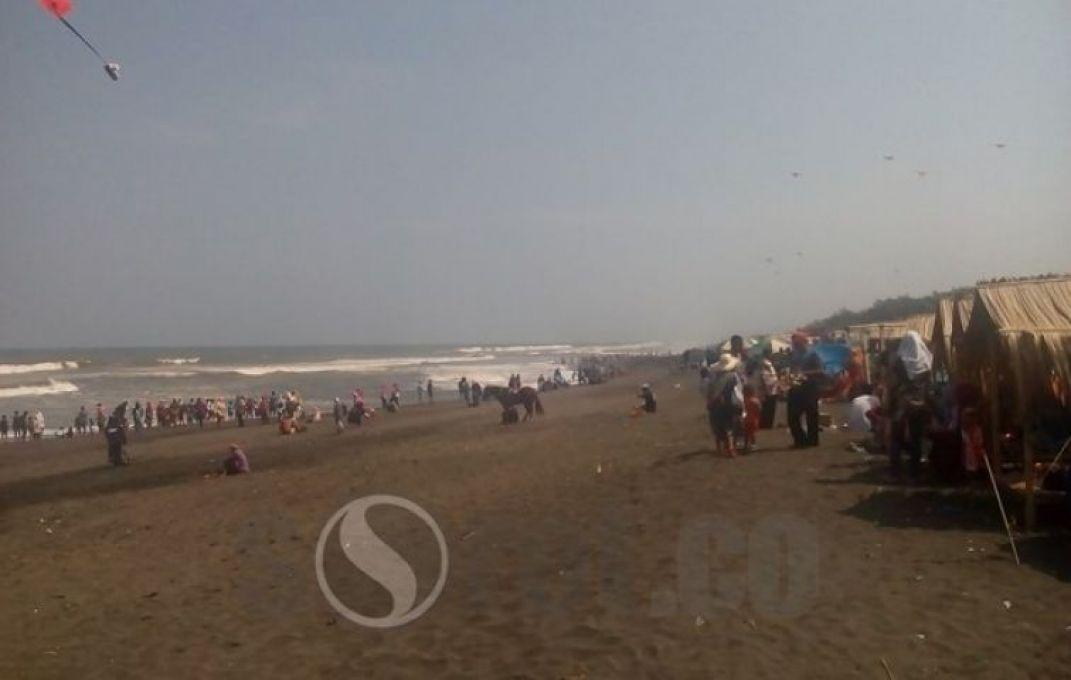 Sorotpurworejo Media Berita Online Purworejo Tingkat Kunjungan Libur Lebaran Pantai