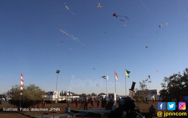 Yuk Saksikan Festival Layang Pantai Jatimalang Purworejo Jpnn Kab