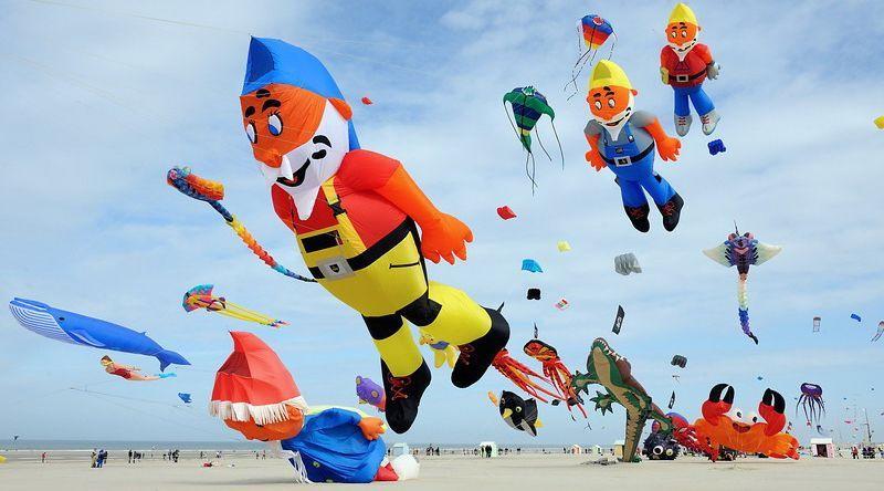 Yuk Saksikan Festival Layang Pantai Jatimalang Purworejo Obyek Wisata Kecamatan