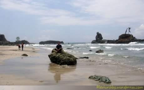 Catatan Kecil Menikmati Pesona Pantai Jawa Tengah Terletak Pulau Nusakambangan