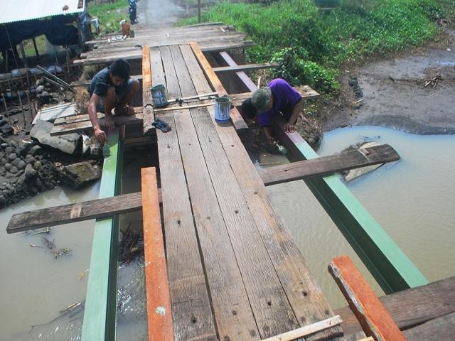 Jembatan Darurat Keburuhan Mulai Dibangun Pantai Pasir Puncu Kab Purworejo