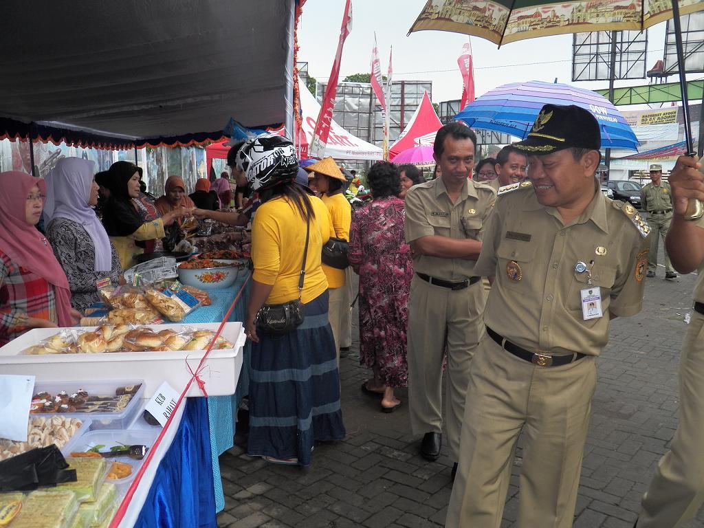 Purworejo Part 4 Pasar Murah Sambut Natal Pantai Pasir Puncu