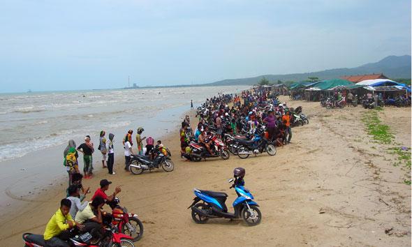 Rembang Jajaki Ekowisata Pasarbanggi Caruban Berita Pantai Lasem Foto Rif