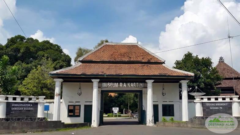 21 Tempat Wisata Populer Indah Rembang Jawa Tengah Indonesiaku Makam