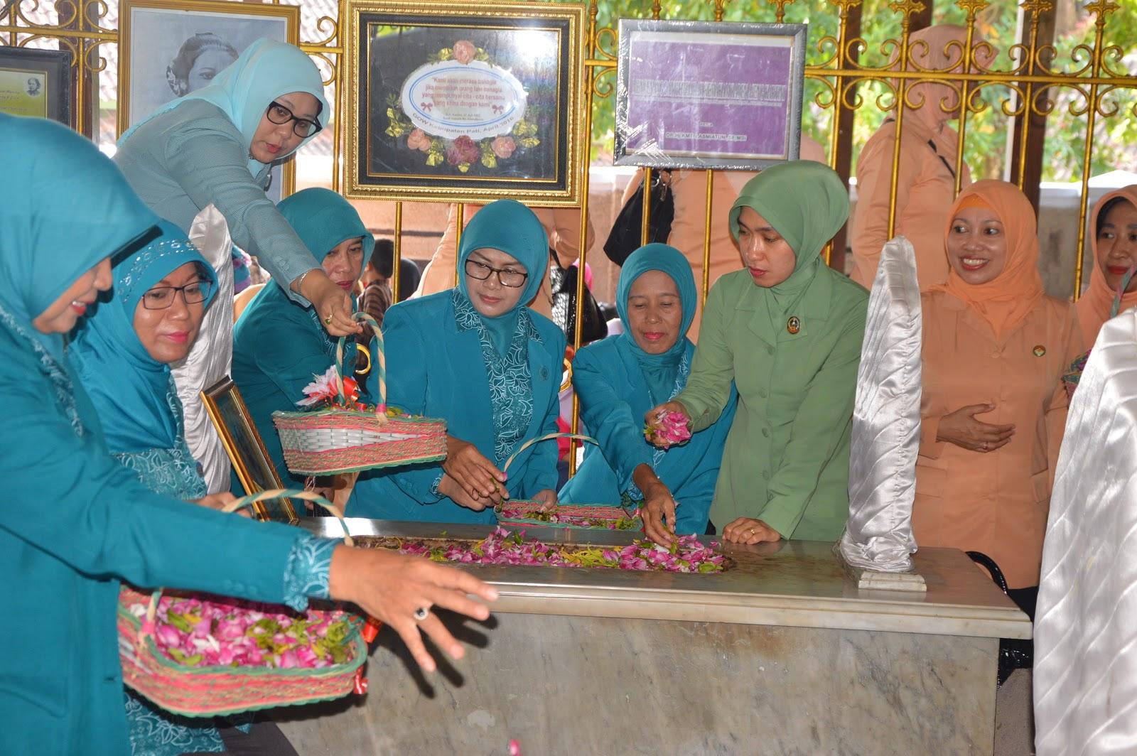 Gow Kabupaten Blora Gelar Ziarah Makam Ra Kartini Infoblora Gabungan