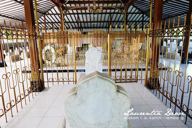 Makam Pahlawan Nasional Kartini Djojo Adhiningrat Rembang Bupati Ketujuh Mengaku
